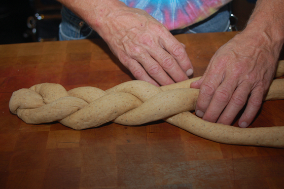 http://www.frugalsquirrels.com/gallery/bread_making/braided_bread/18.jpg
