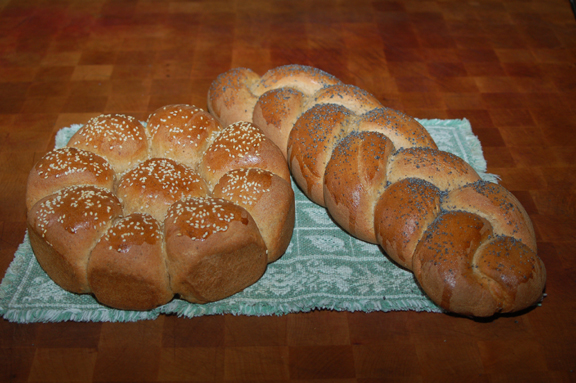 http://www.frugalsquirrels.com/gallery/bread_making/braided_bread/26.jpg